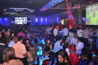Racconti di viaggio, ragazze, vita notturna, Santo Domingo